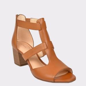 Sandale CLARKS maro, Delofae, din piele naturala