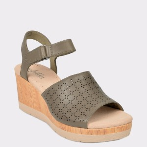 Sandale CLARKS gri, Cammglo, din piele naturala