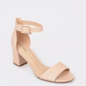 Sandale CLARKS nude, Devamae, din piele naturala