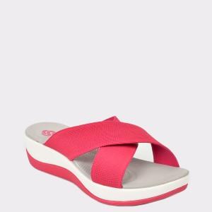Papuci CLARKS rosii, Arlaeli, din material textil