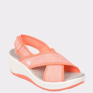 Sandale CLARKS corai, Stecaco, din material textil