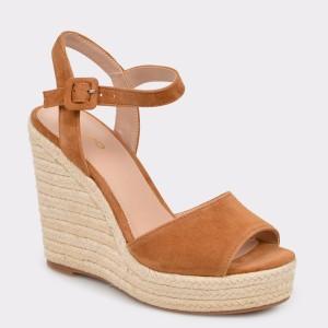 Sandale ALDO maro, Ybelani, din piele intoarsa