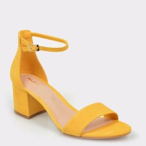 Sandale ALDO galbene, Villarosa, din piele intoarsa
