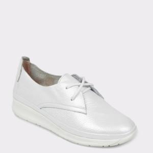 Pantofi FLAVIA PASSINI albi, Rs1356, din piele naturala