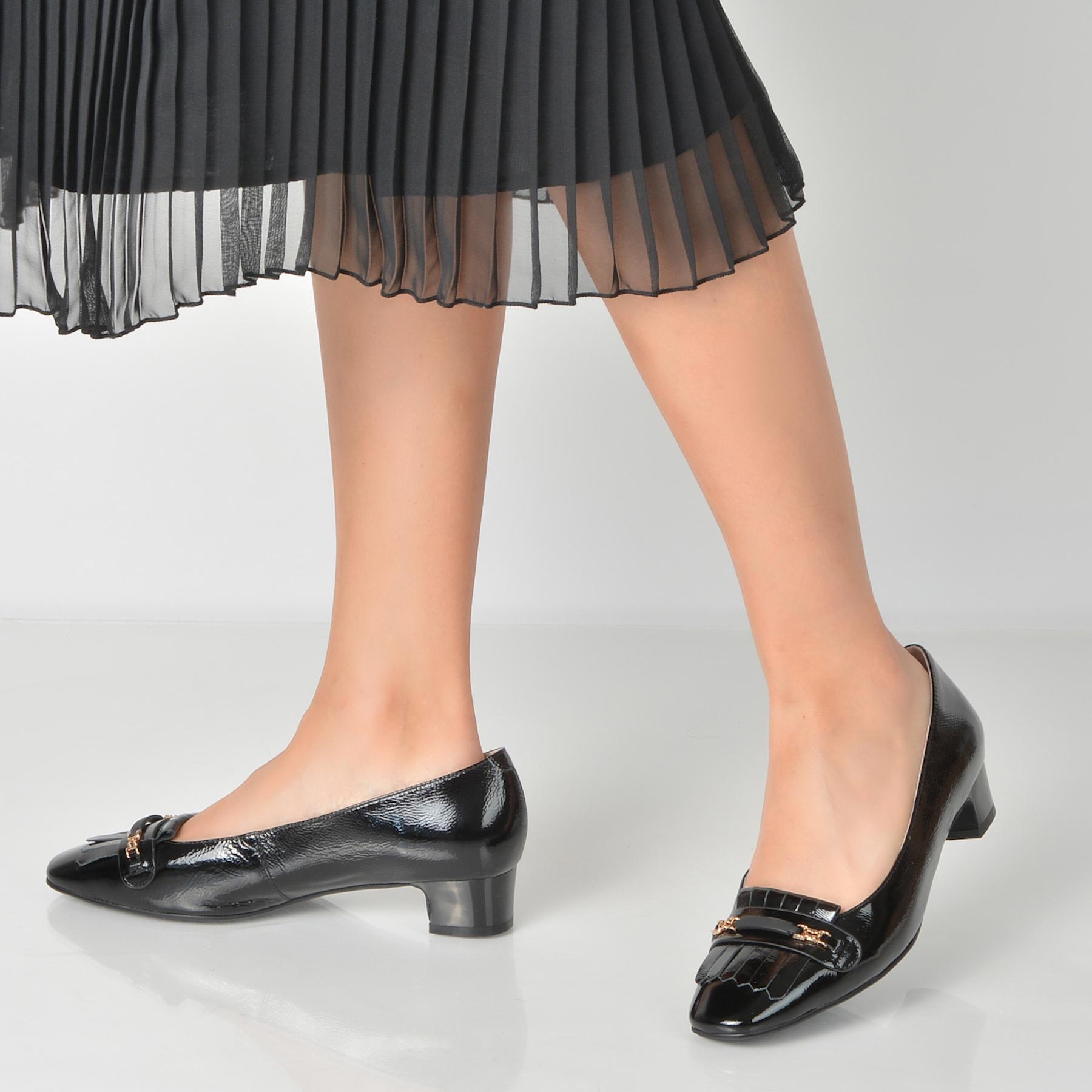 Pantofi Flavia Passini Negri, 72058, Din Piele Naturala Lacuita